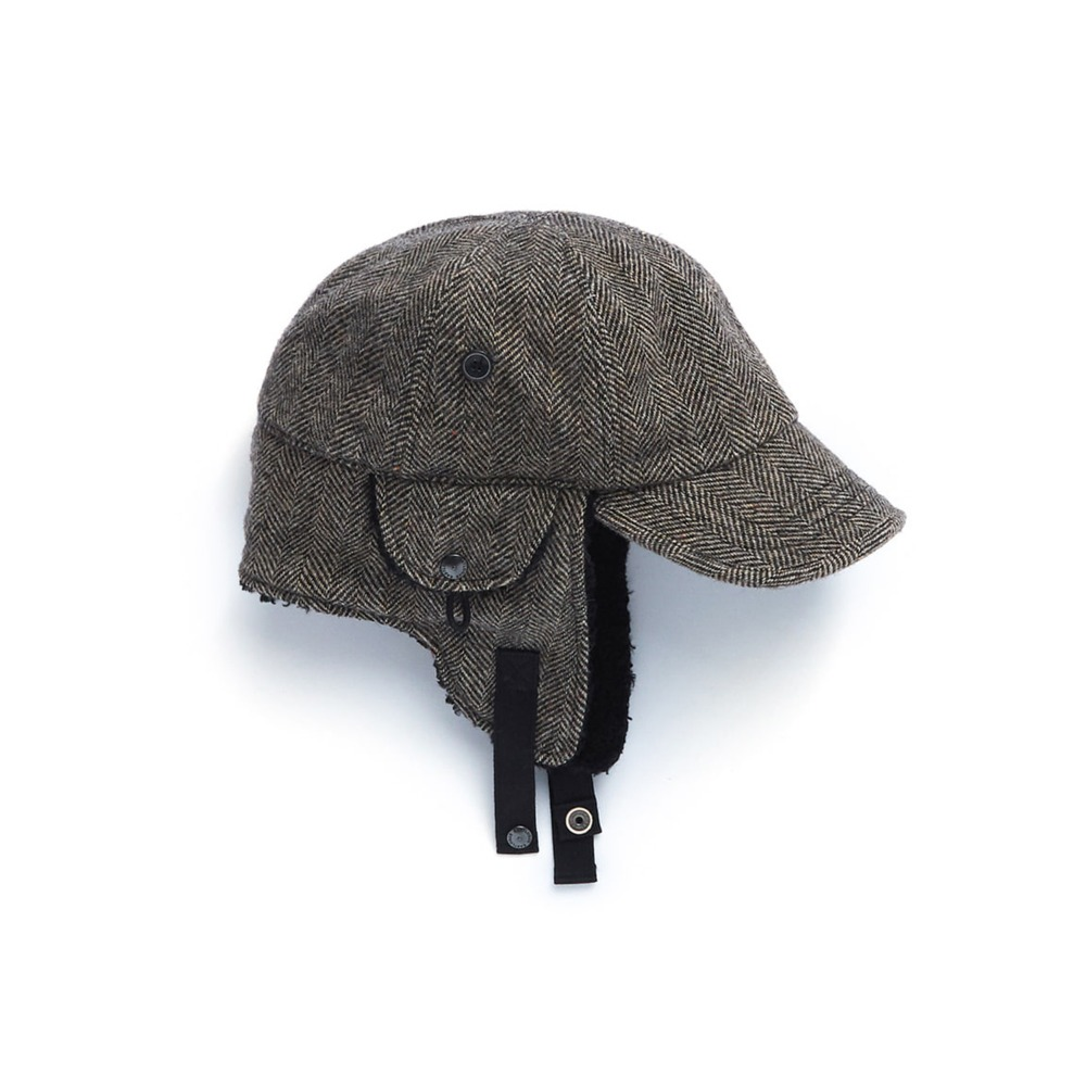 "EASTLOGUE Bomber Hat ""Black & Beige HB"""