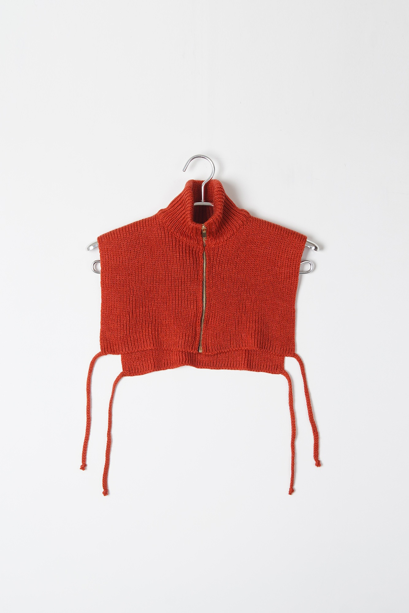 "DAVID CATALAN Turtleneck Knit Vest ""Red"""