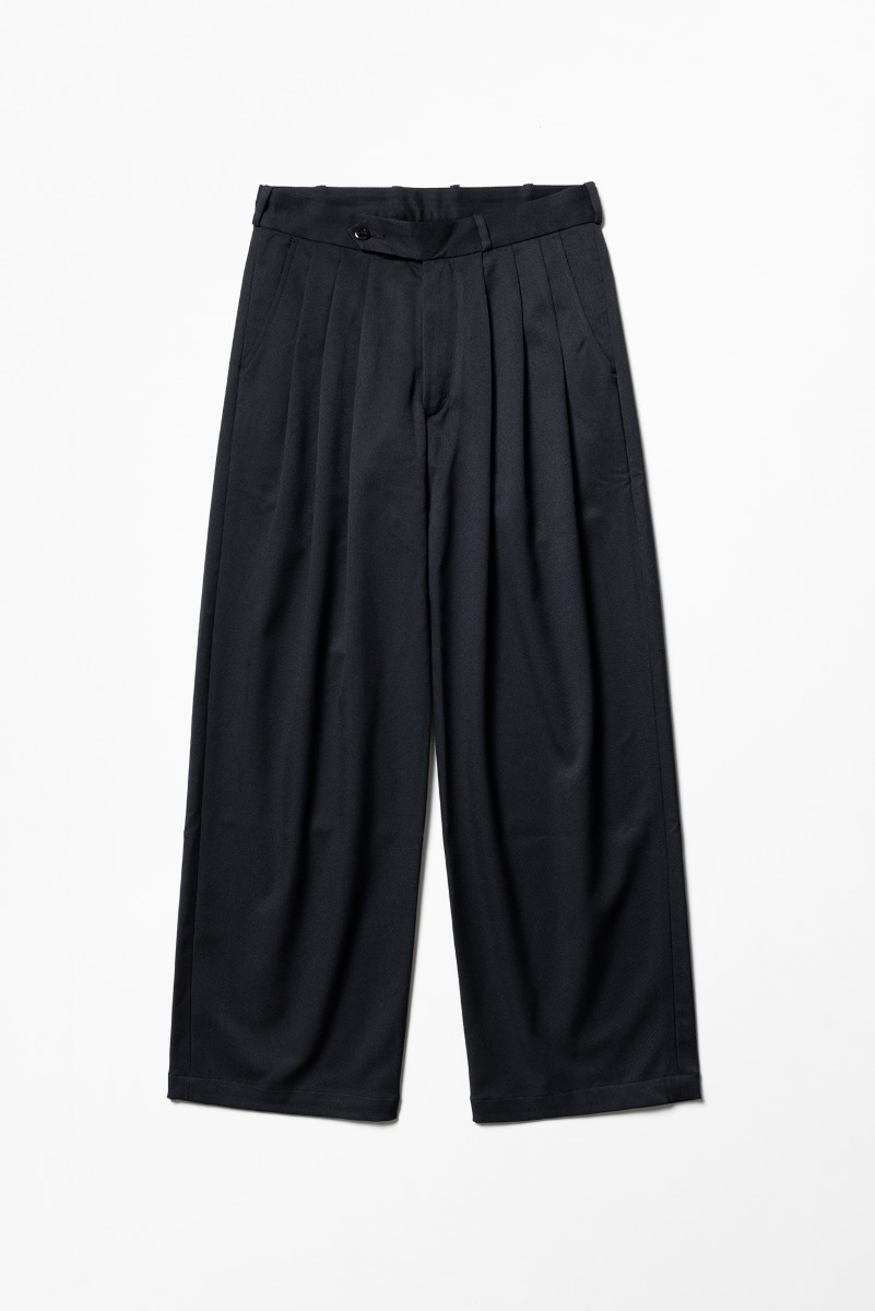"MONITALY Triple Tuck Wide Pants ""Black"""