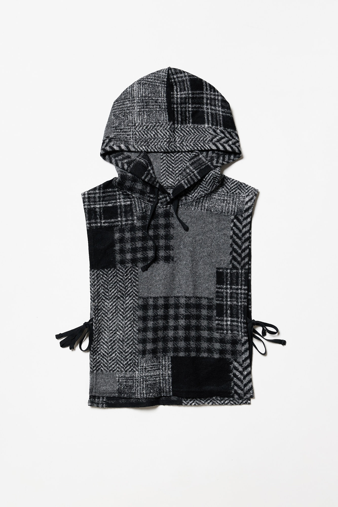 "ENGINEERED GARMENTS Hooded Interliner ""Black/Grey Knit Patchwork Herringbone"""