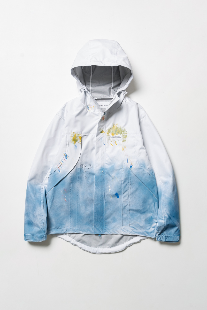 "THE MUSEUM VISITOR Gallery Windbreaker ""White"""