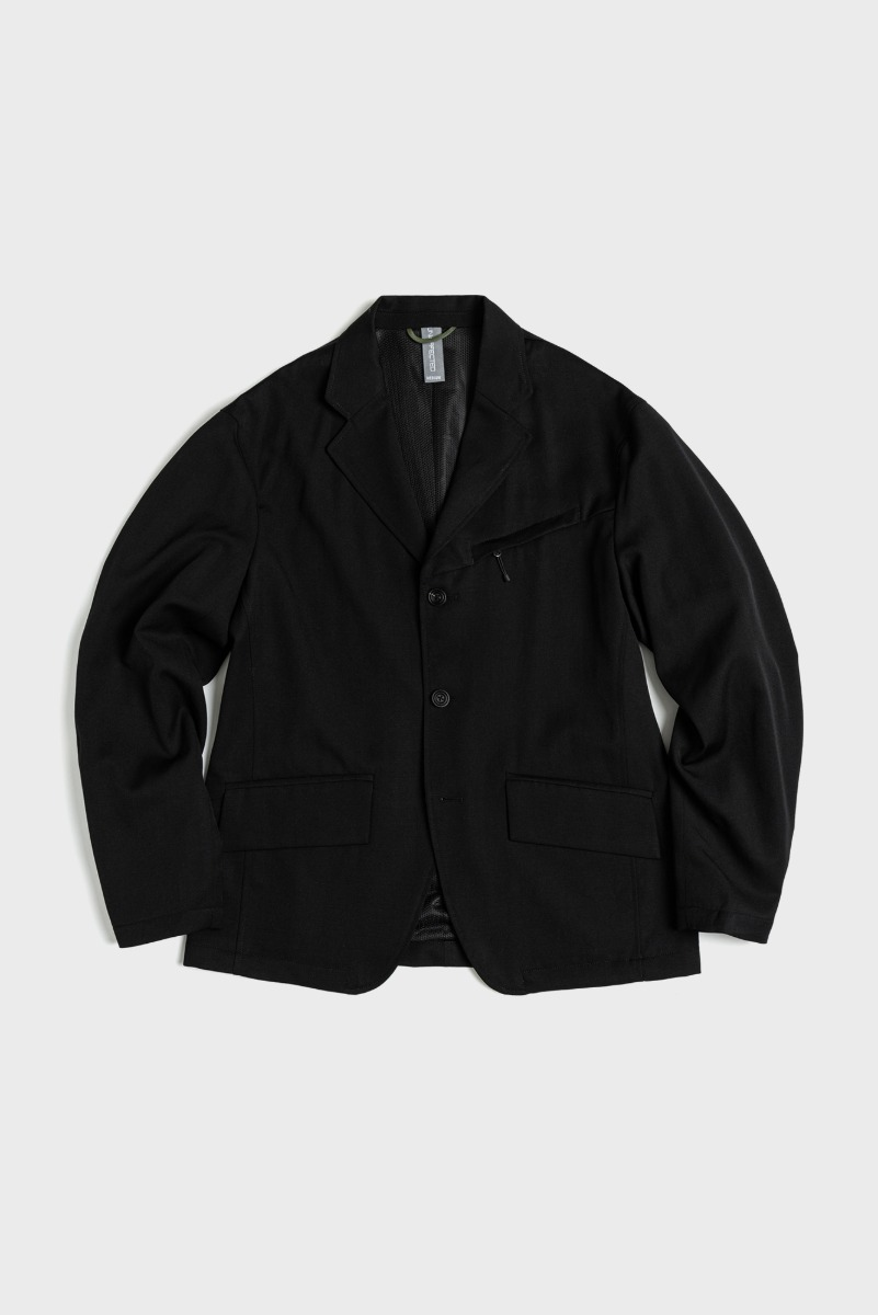 "UNAFFACTED Funtional Jacket ""Black"""