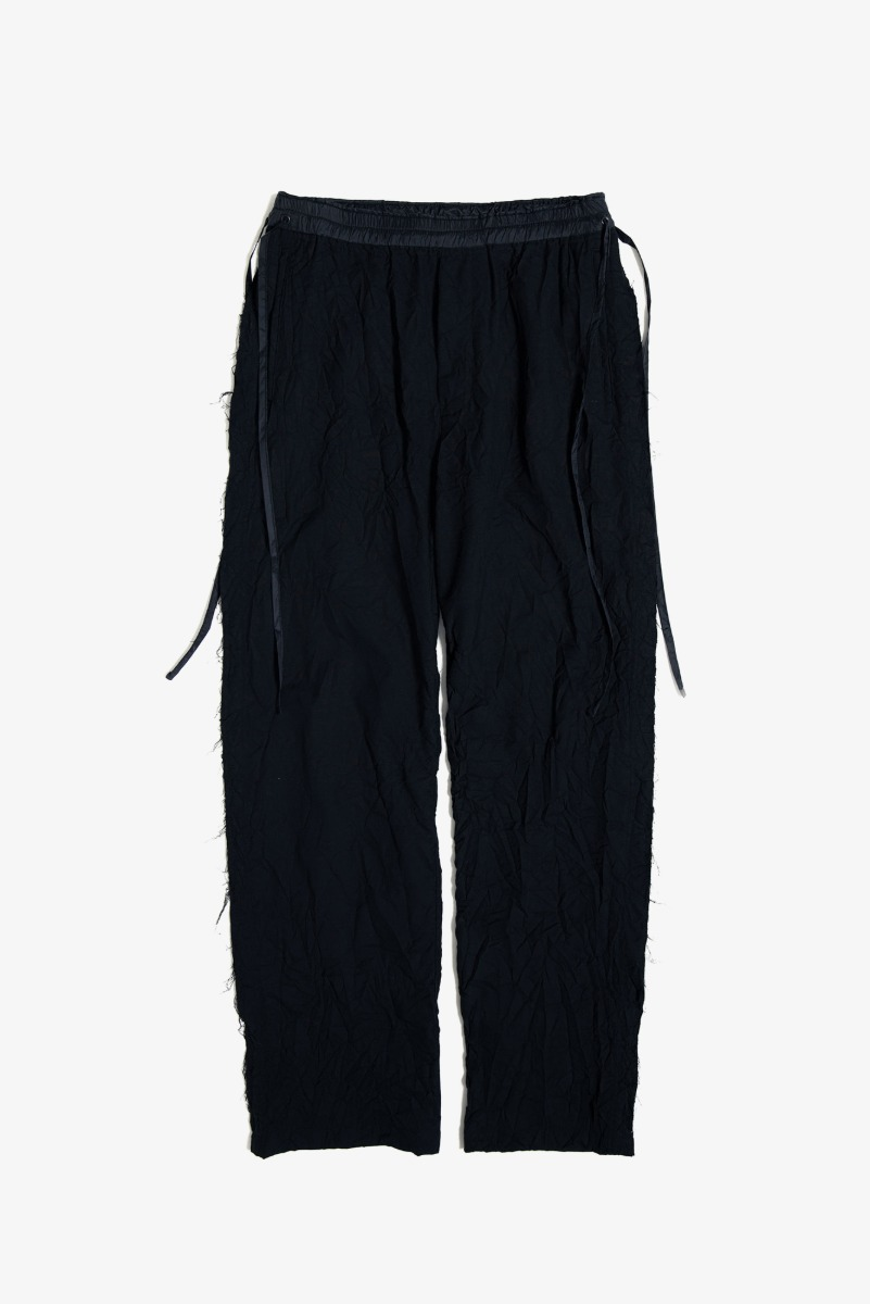 "UNAFFECTED Raw Edged Cut Pants ""Black"""