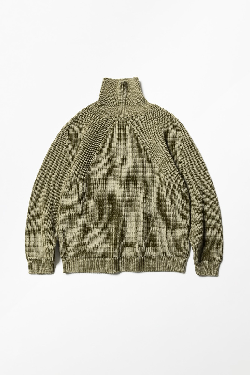 "BATONER Signature Turtle Neck ""L. Khaki"""